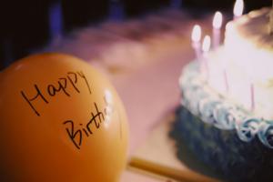 誕生日のお祝いのLINEをする