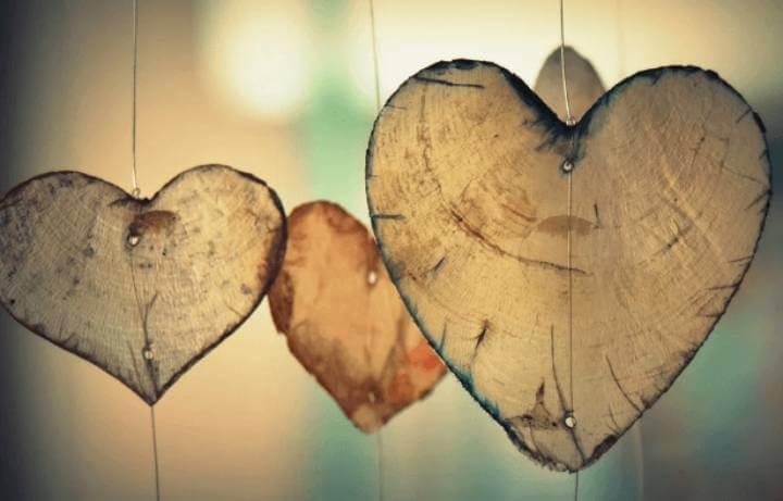 エンジェルナンバー8888は恋愛結婚の前兆